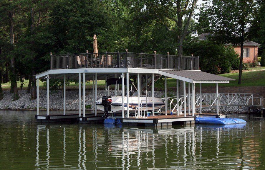 Wahoo-aluminum-docks-sundeck-roof