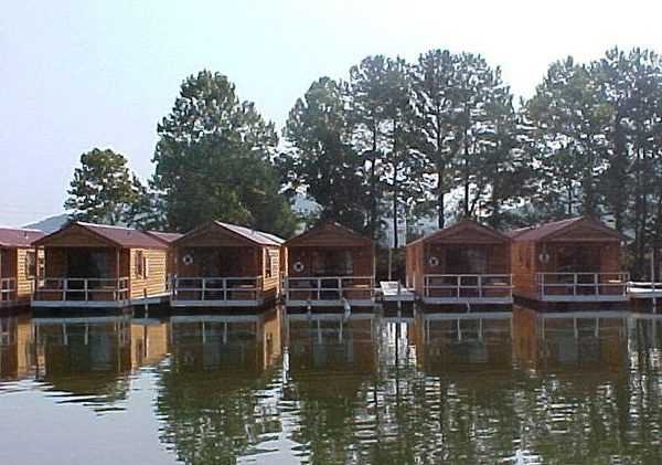 v Aluminum Floating Cabins Flat Creek