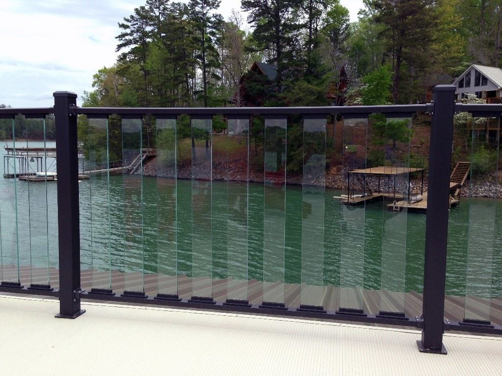 wahoo glass boat dock railing 02