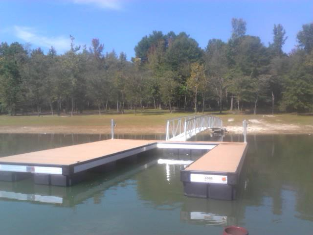 CAT5 dock no roof on Kerr's Lake with aluminum gangway
